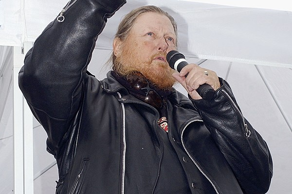 Mickey Jones, Actor and Former Bob Dylan Drummer, Dead at 76
