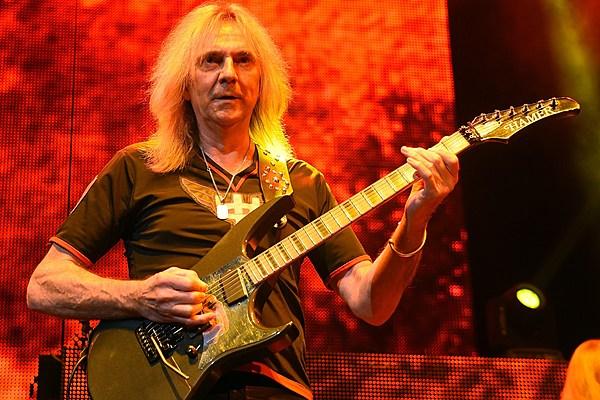 Parkinsons Disease Progression >> Judas Priest Guitarist Glenn Tipton Reveals Parkinson's Disease