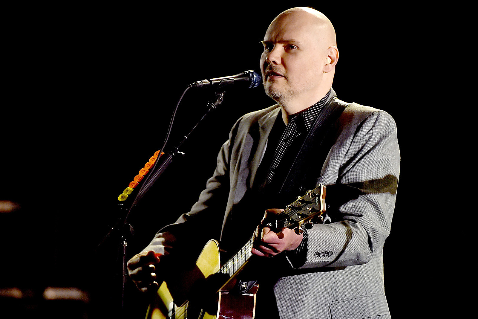 Billy Corgan Tells Fans to Reject 'Stench of the Crowd'