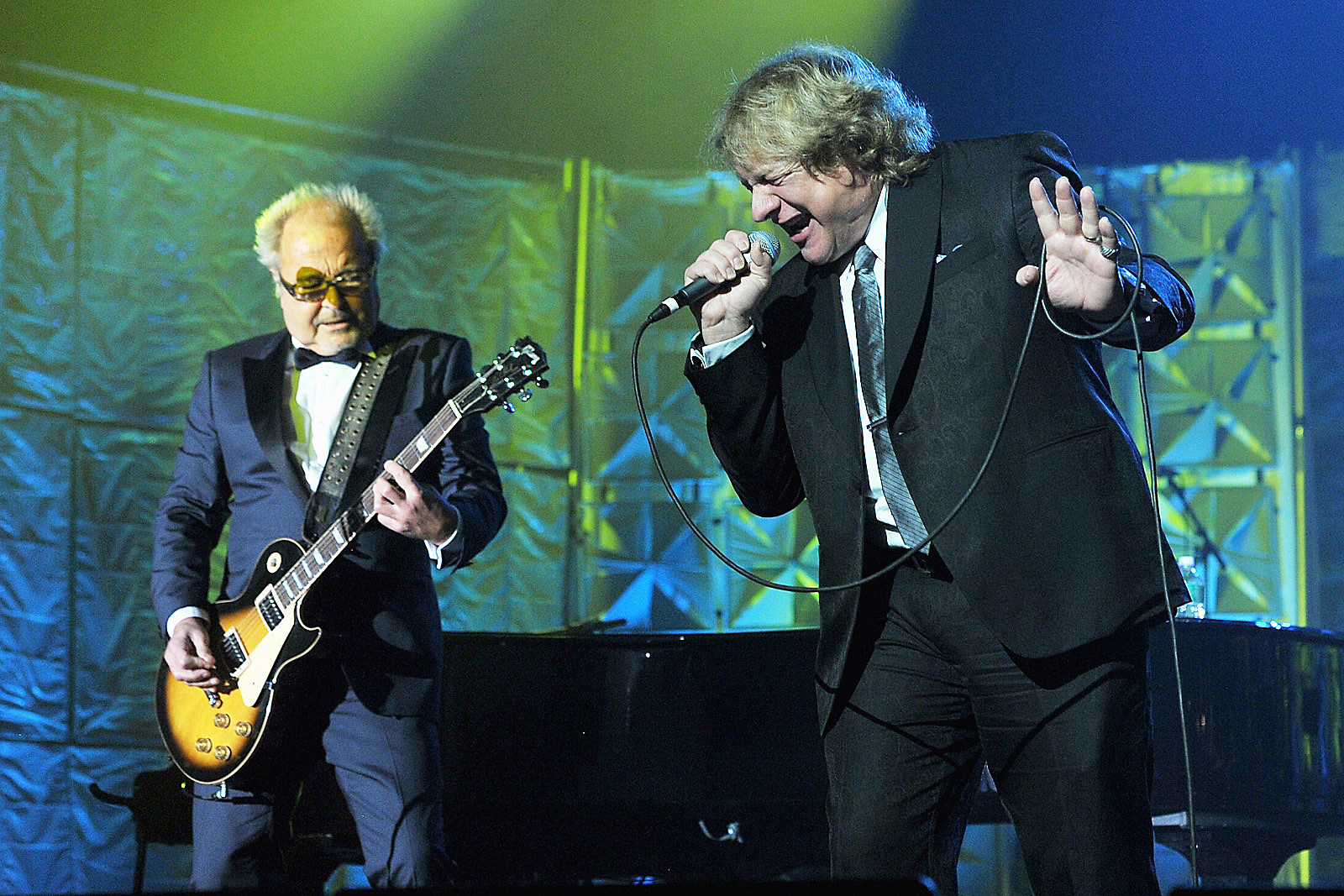 Mick Jones and Lou Gramm Considering Foreigner EP From 'Old Ideas'