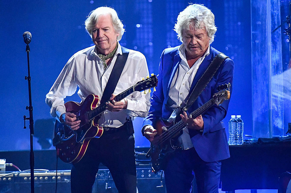 Moody Blues Perform at Rock and Roll Hall of Fame Induction