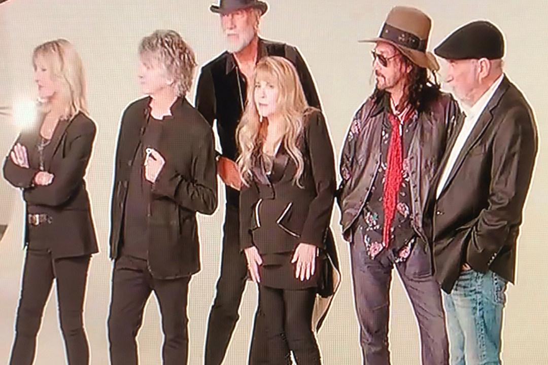Fleetwood Mac Say They 'Hit a Brick Wall' With Lindsey Buckingham