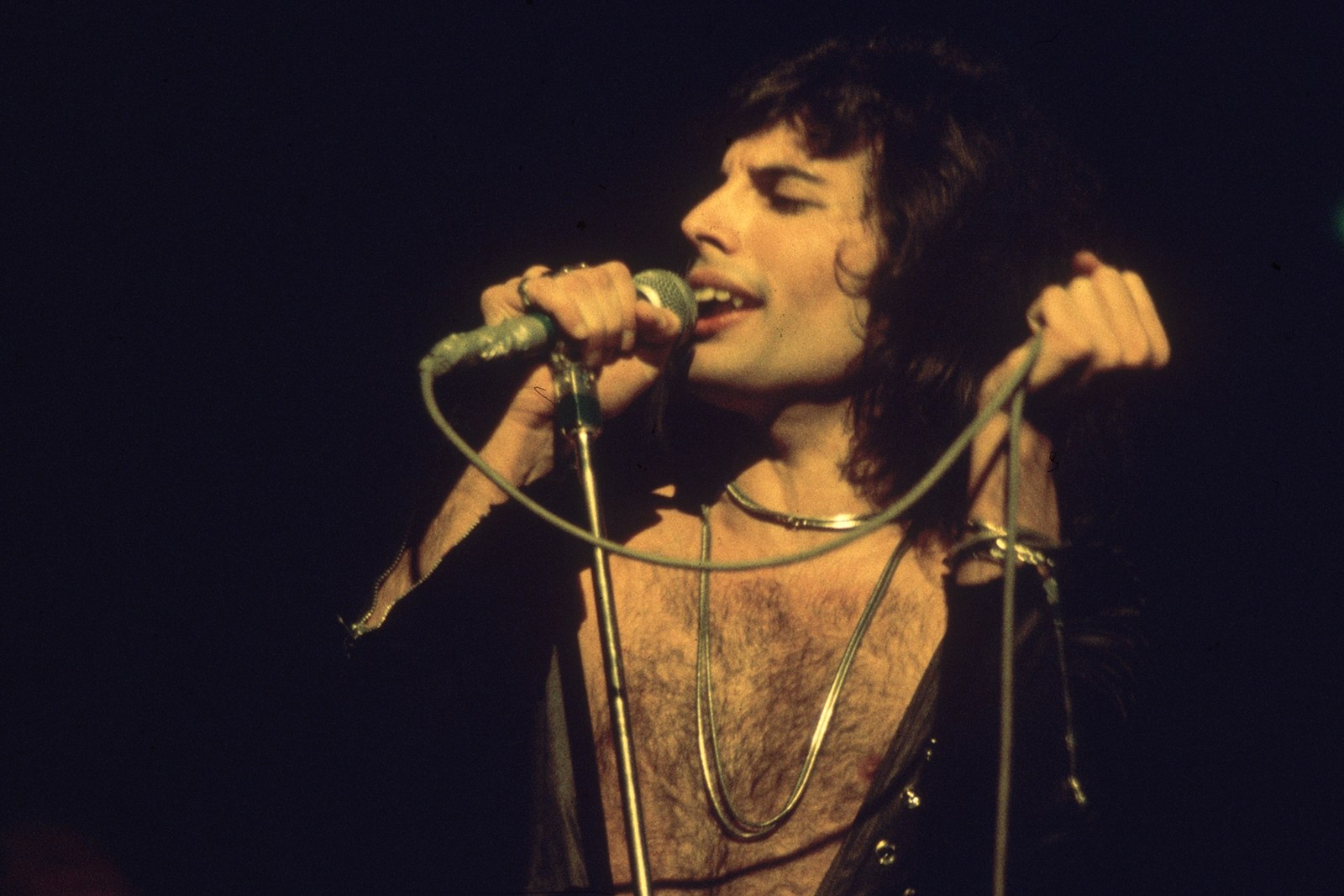 Queen's 'Bohemian Rhapsody' Returns to Hot 100 for Third Time