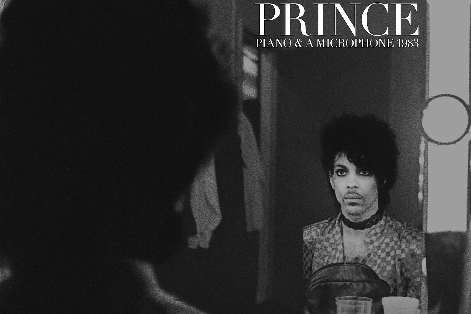 A rodar XLIV - Página 2 Prince_Piano_Mic_feature