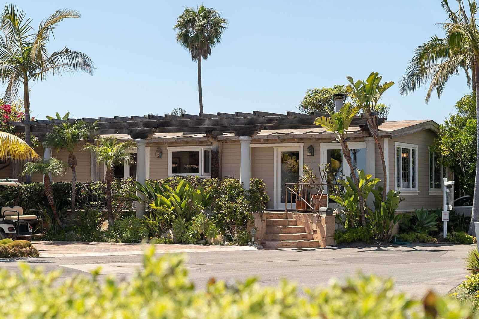 Former Chicago Drummer Tris Imboden Lists 'Relaxed and Elegant' Malibu Mobile Home for $3.5 Million