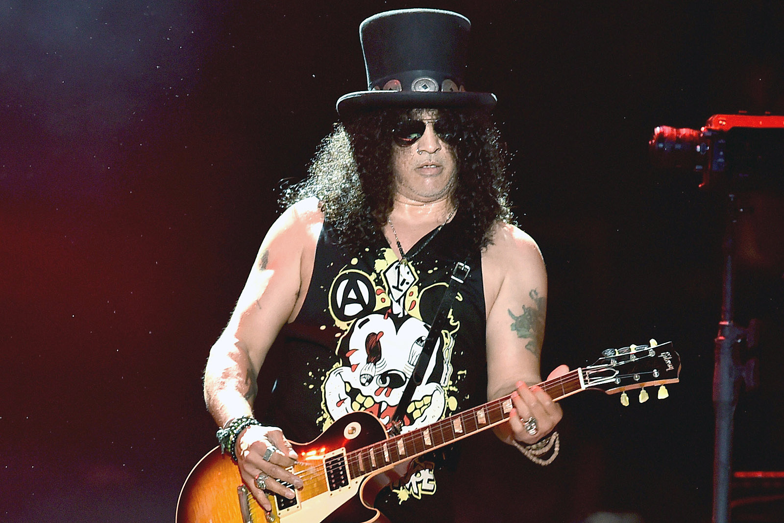 Slash Says Most Fights in Bands Were Fueled by Cocaine