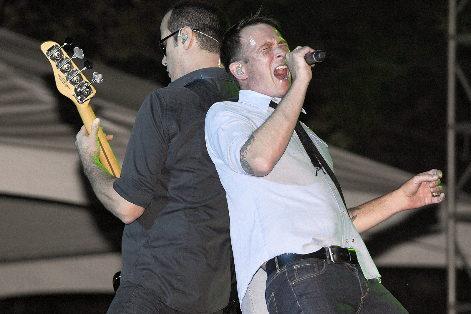 Revisiting Scott Weiland's Last Show With Stone Temple Pilots