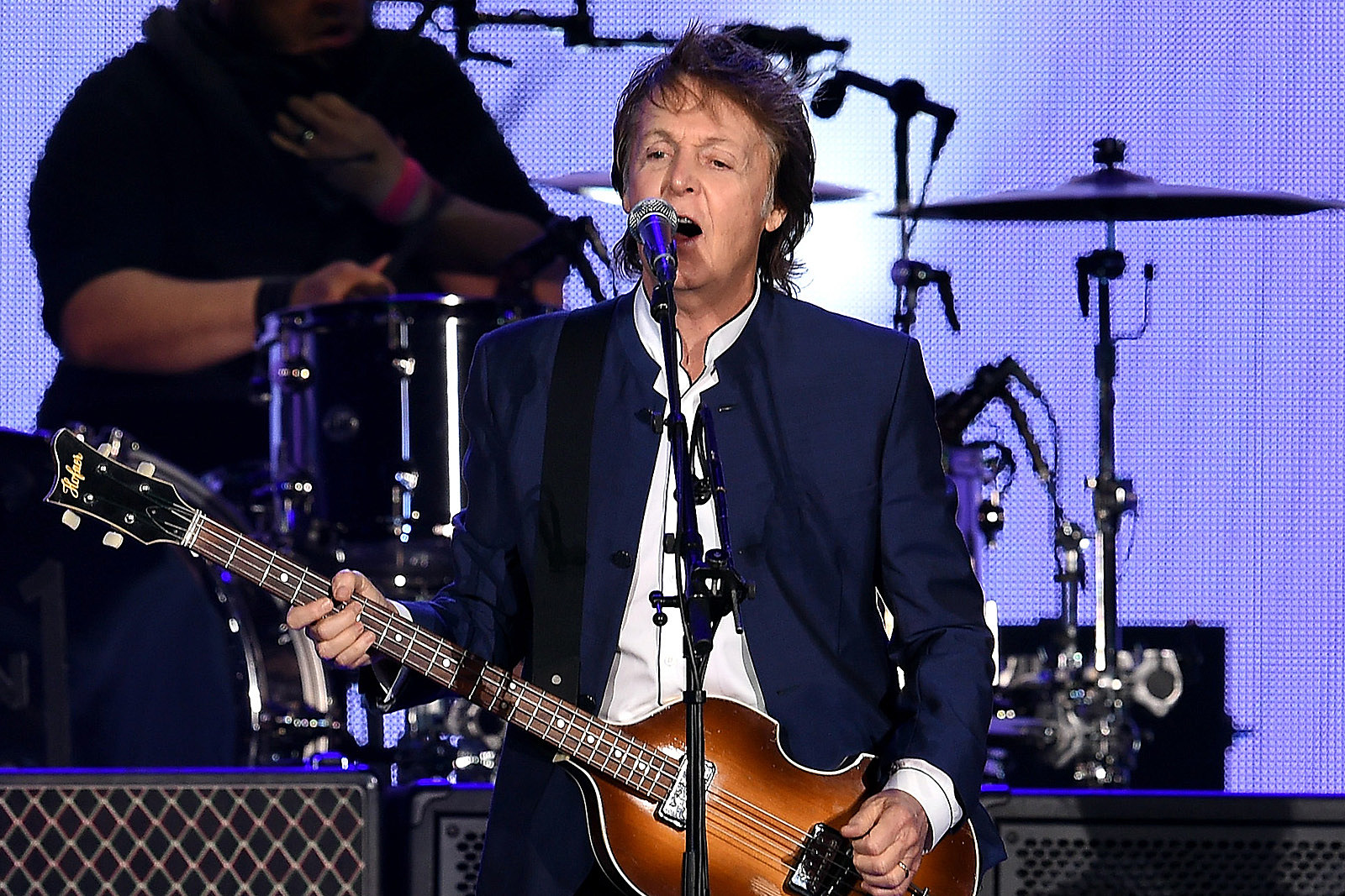 Paul McCartney Kicks Off 'Freshen Up' Tour in Canada: Set List and Video