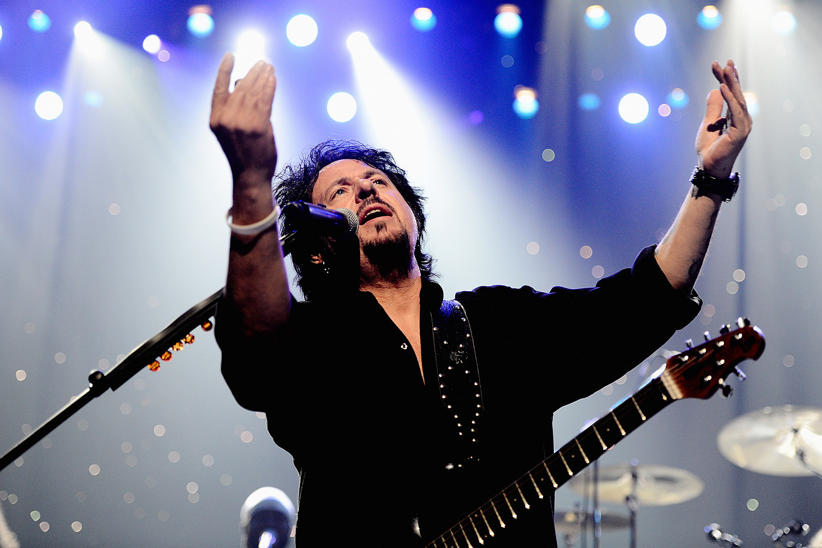 Steve Lukather Amazed at Club's Plan to Play Toto's 'Africa' All Night