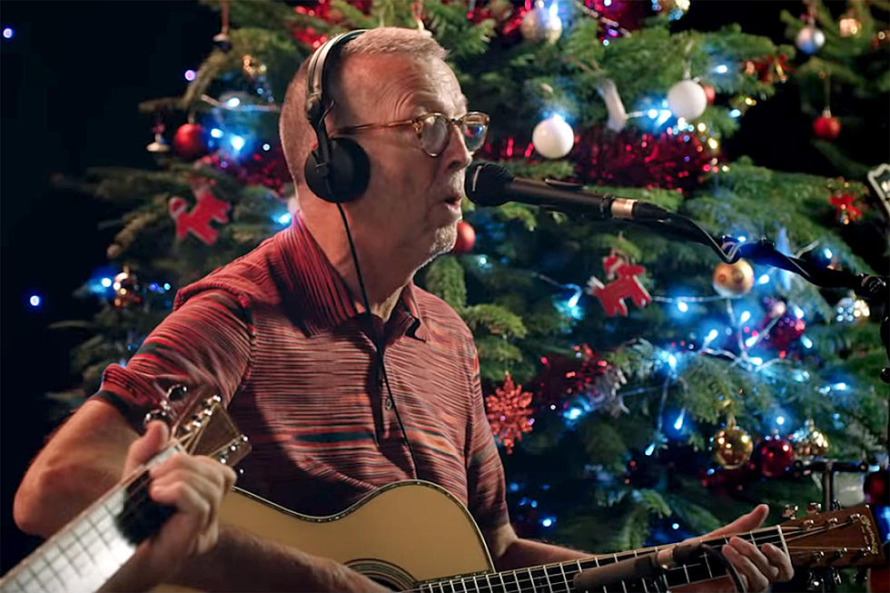watch eric claptons new white christmas video - White Christmas Play