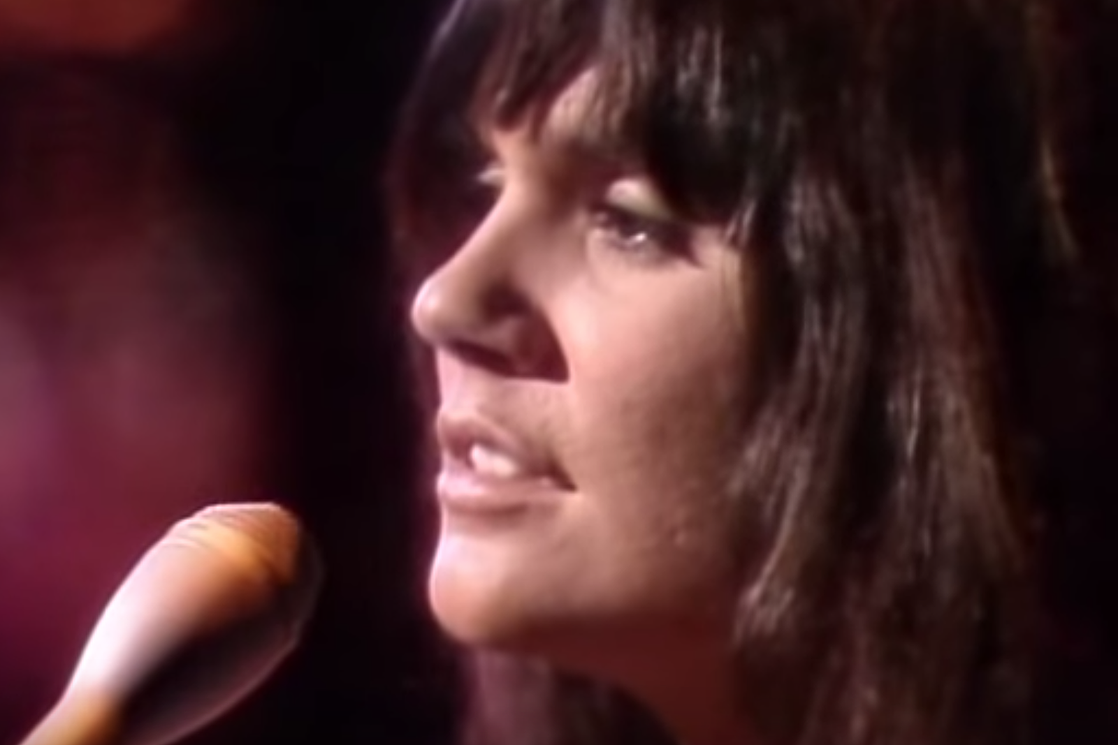 Linda Ronstadt Admits She Wasn't Ready for Early Stint With Neil Young: Exclusive Interview