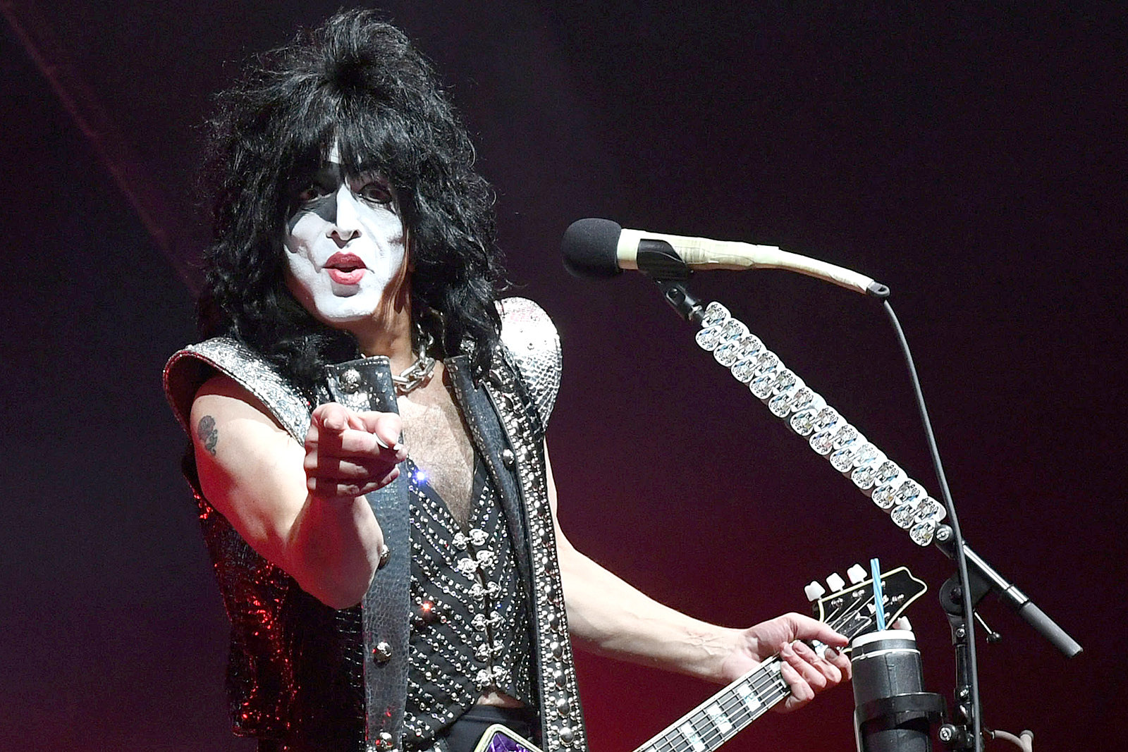 Paul Stanley Details Risk of Fame Being Disappointing
