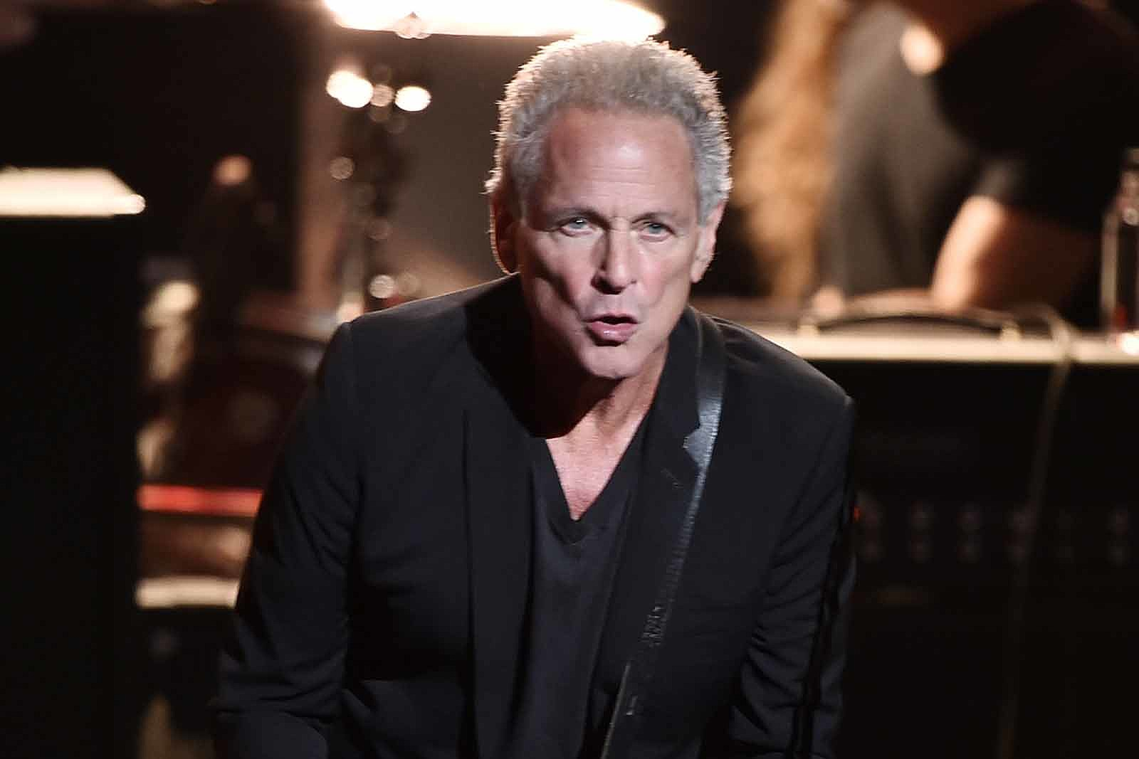Watch Lindsey Buckingham Play for the First Time Since Surgery