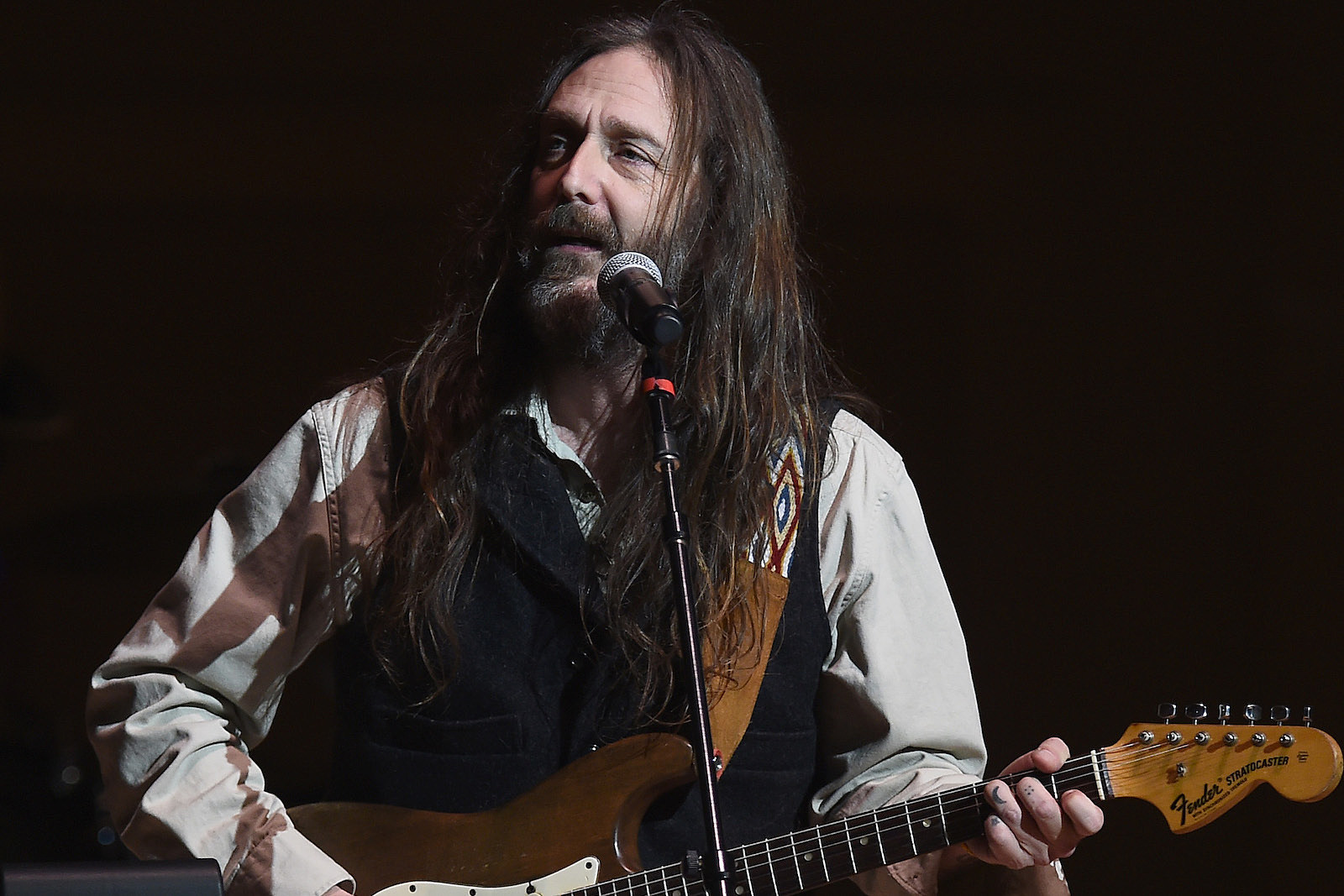Why Chris Robinson Stays Focused on Moving Forward: Exclusive Interview