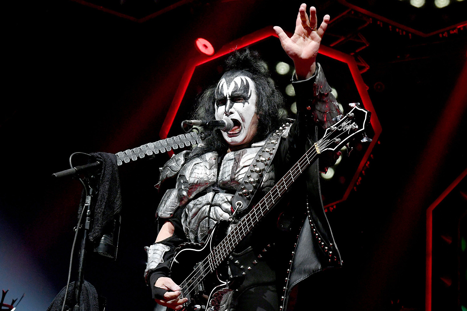 Gene Simmons Says He'll 'Cry Like Young Girl' at Final Kiss Show