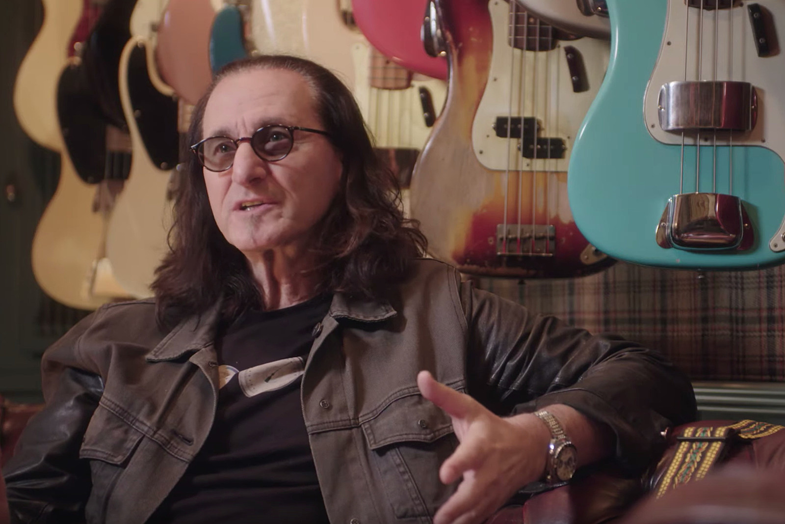 Geddy Lee Says Parts of His Book Appeal Only to Bass 'Nerds'