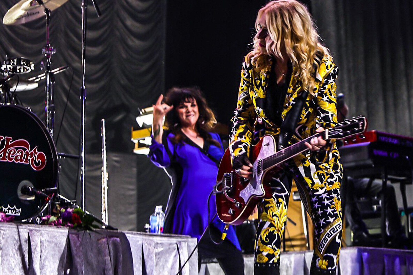 Heart Bring a Delightful History Lesson to Ohio: Photo Gallery