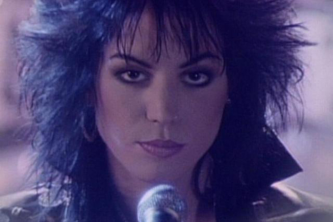 How 'I Hate Myself for Loving You' Became Joan Jett's Hugest Song