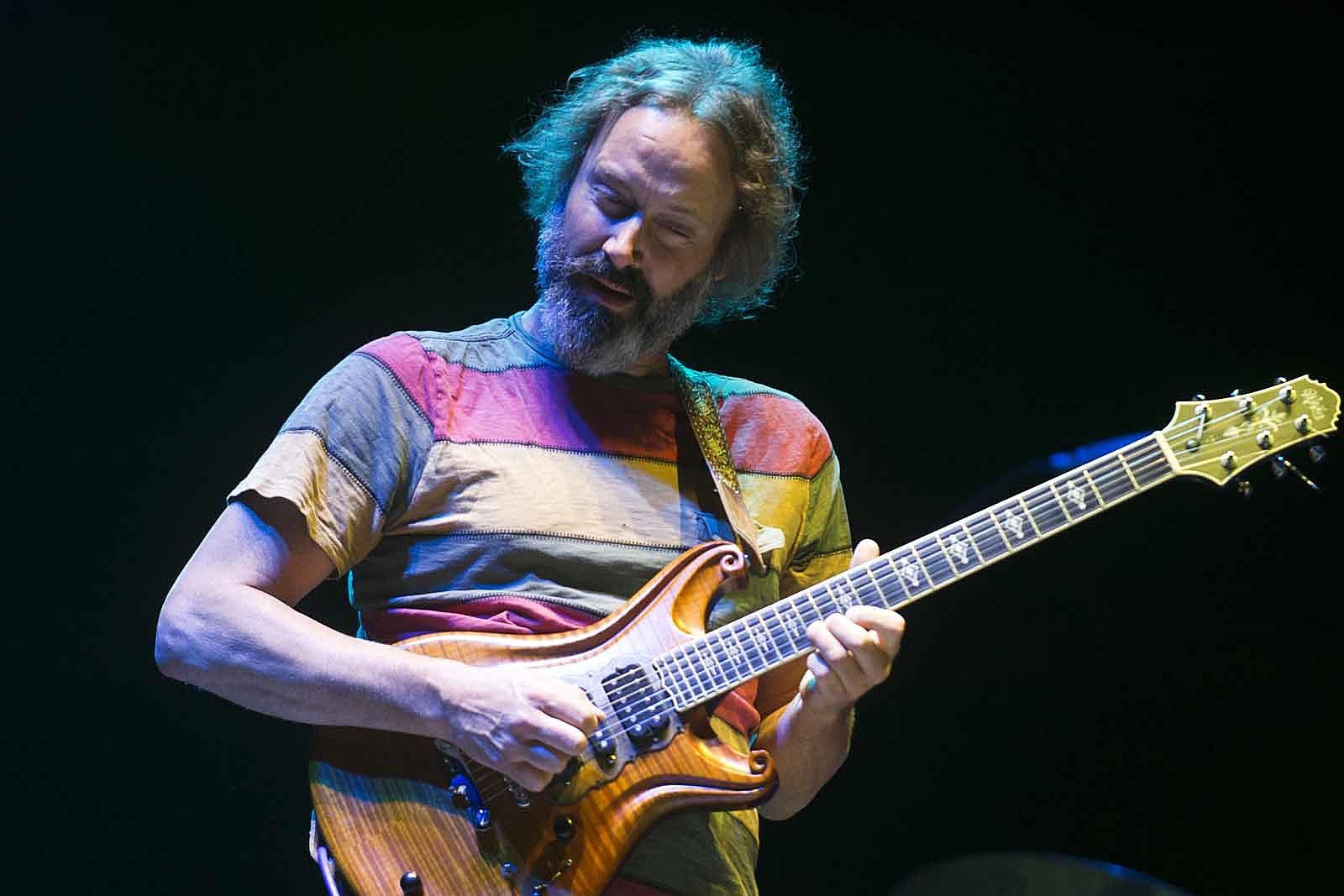 Neal Casal, Chris Robinson Brotherhood Guitarist, Dies