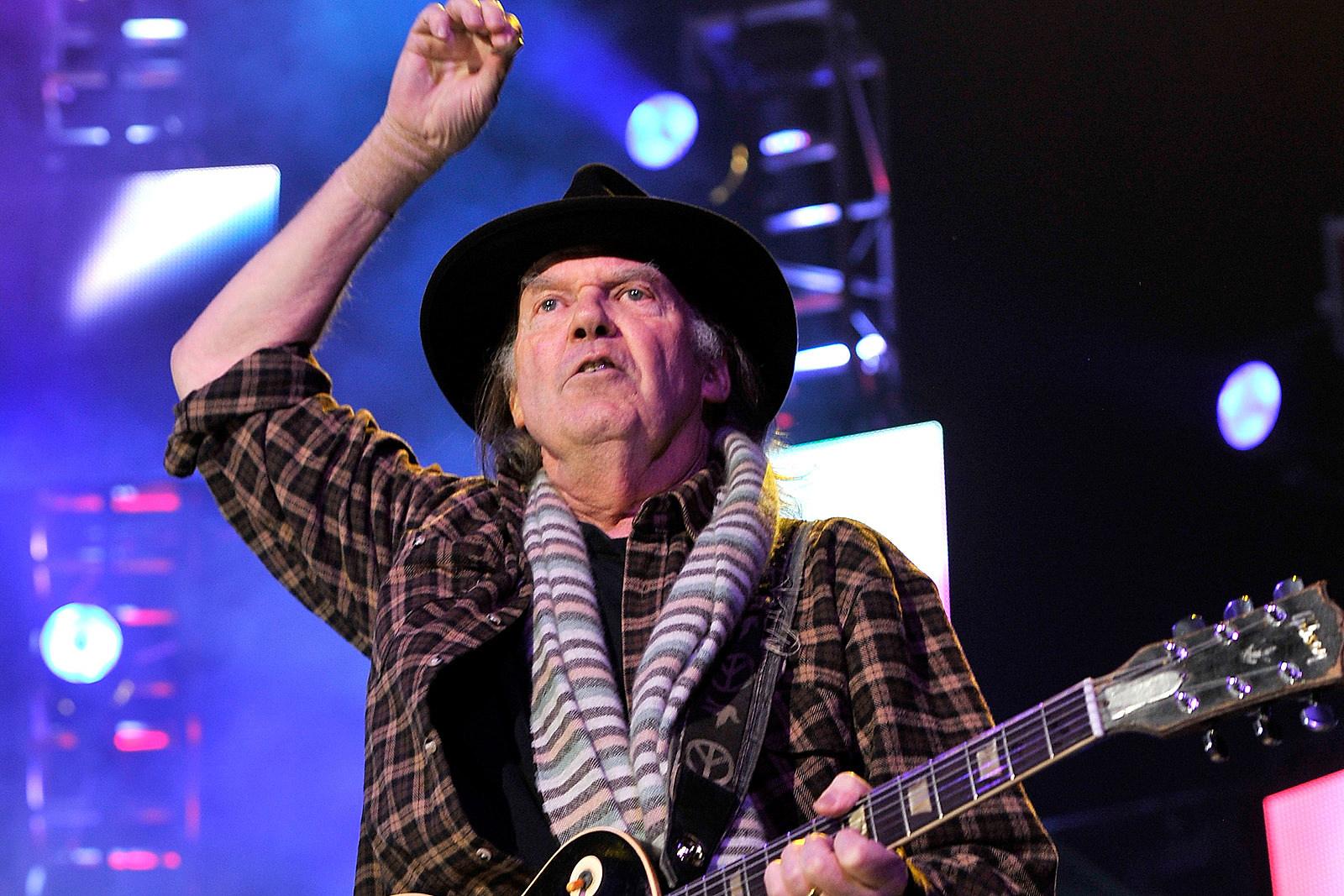 Neil Young Announces New Album 'Colorado' With Crazy Horse