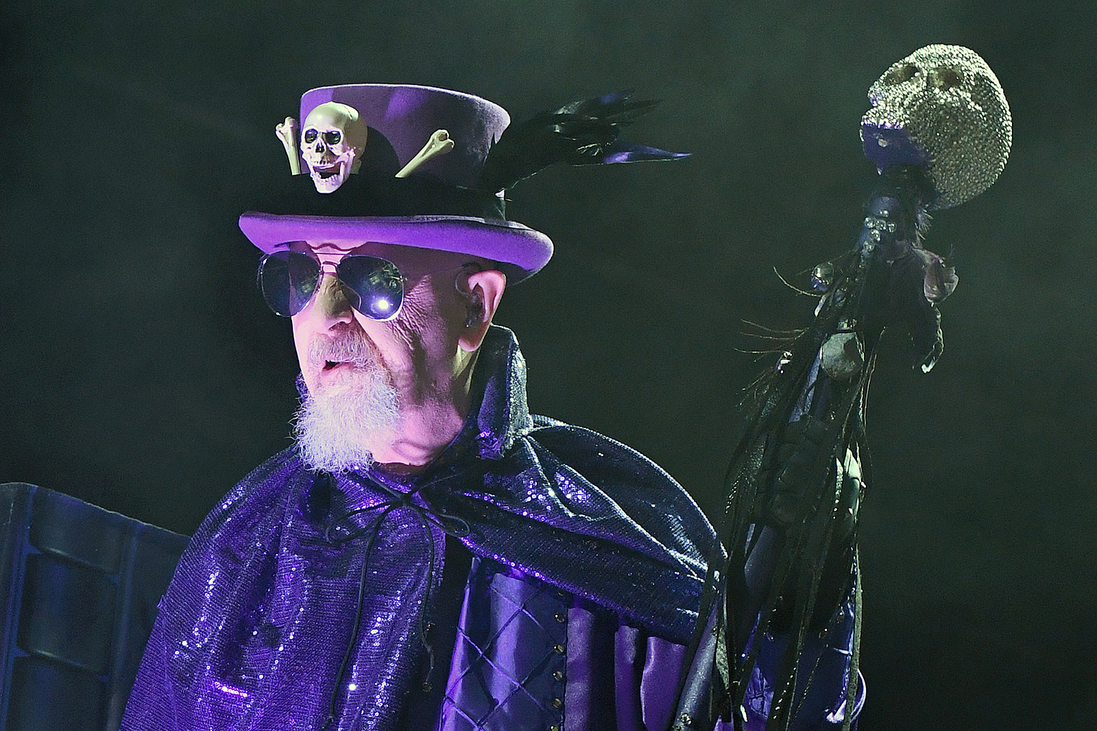 Rob Halford Still Wants to Drink and Take Drugs