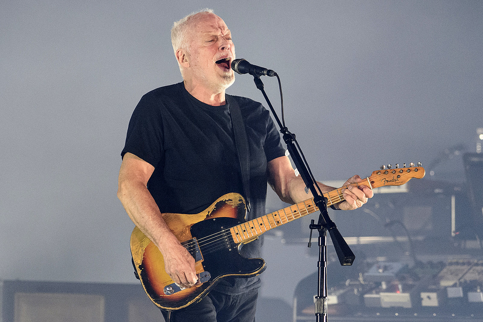 David Gilmour Recalls the Only Time He Saw Pink Floyd Live