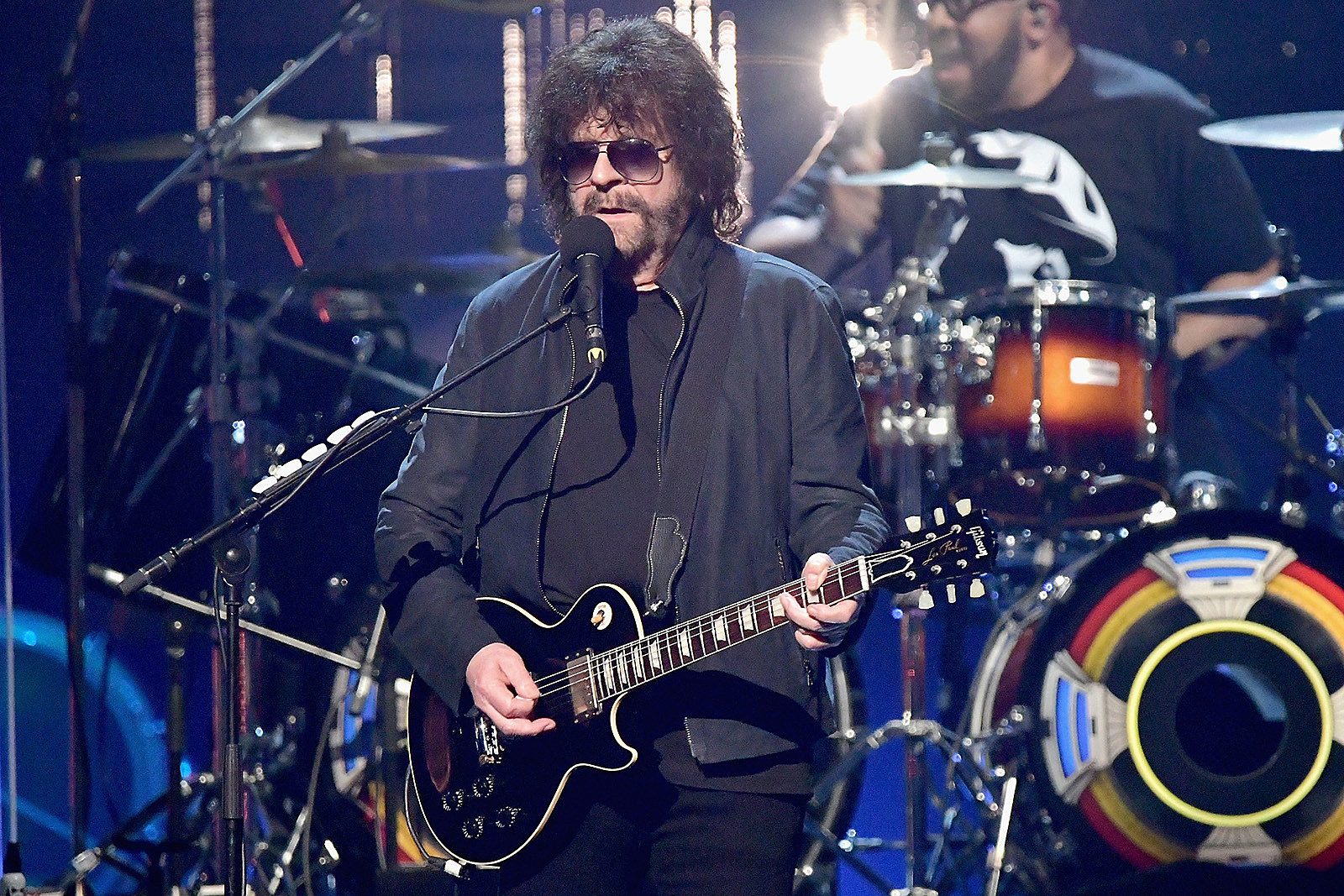 Jeff Lynne Has 2,000 Cassettes of Unheard ELO Music But No Player