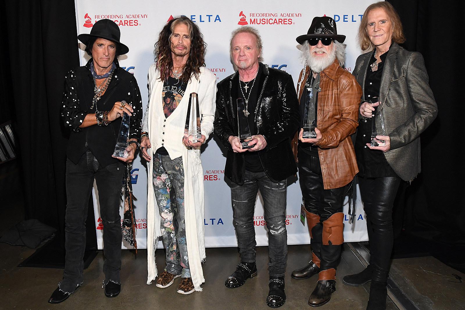 Joey Kramer Shares Podium, Not Stage With Aerosmith at MusiCares