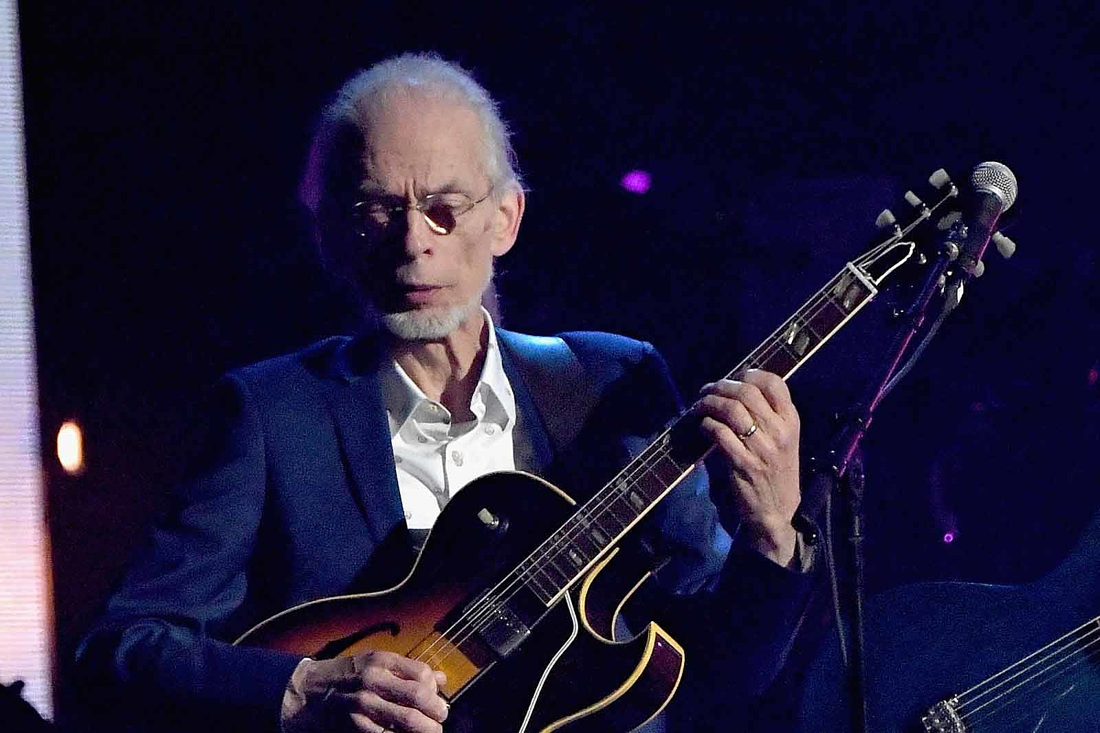 Steve Howe Announces New Album, 'Love Is'