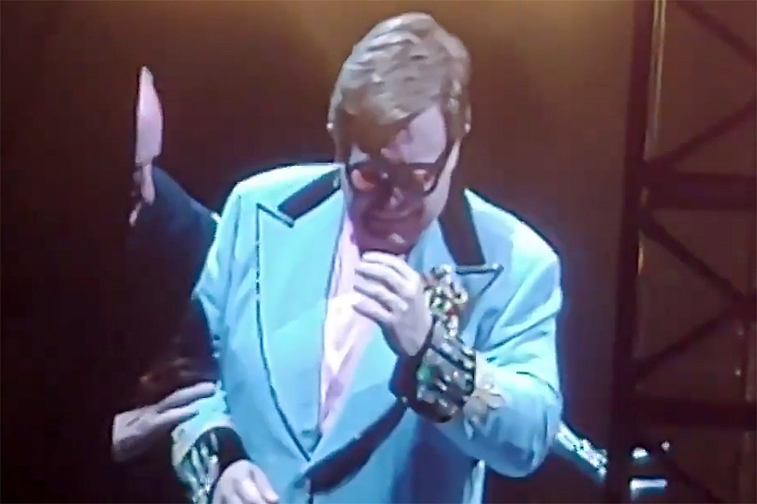 Elton John Forced to Cut Concert Short Due to 'Walking Pneumonia'